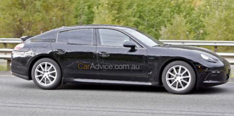 Porsche Panamera spy photos
