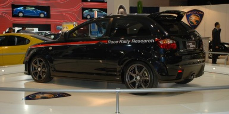 Melbourne Motor Show: Proton R3 Satria and new Persona