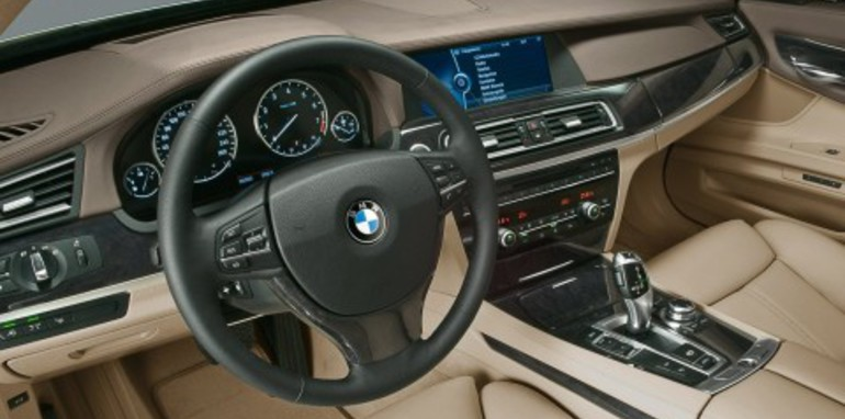 2009 BMW 7-Series revealed