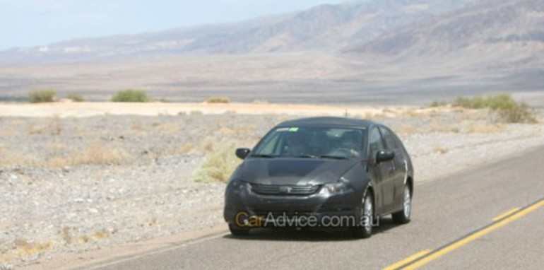 Honda hybrid spy photos (FCX)