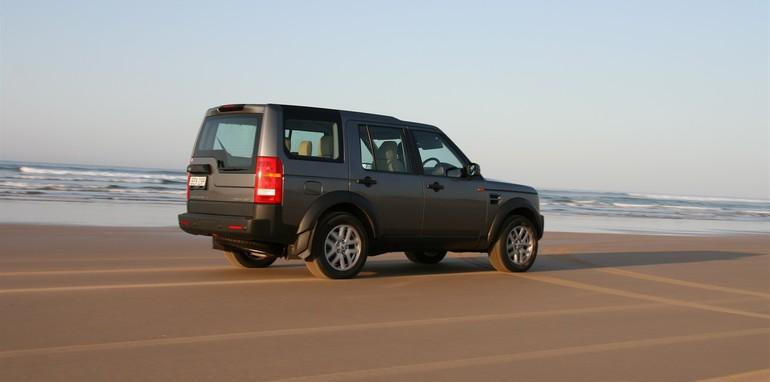 Stockton Auto World >> 2008 Land Rover Discovery 3 Dune driving on Stockton Beach