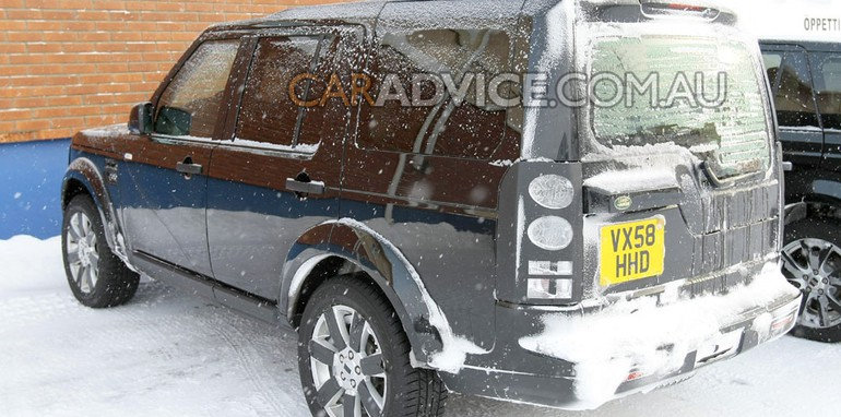 2009 Land Rover Discovery facelift spied