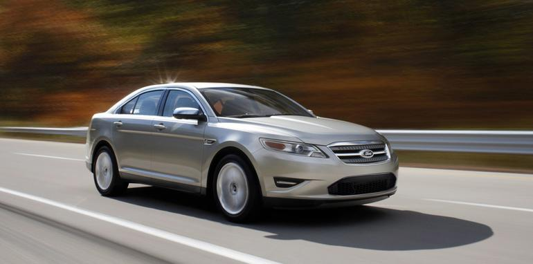 2010_ford_taurus_motion