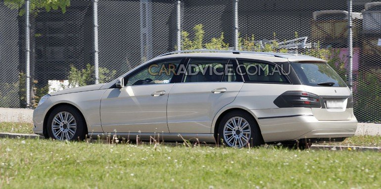 2009 Mercedes E-Class Estate spied