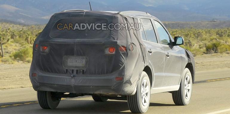 2010 Hyundai Santa Fe spied