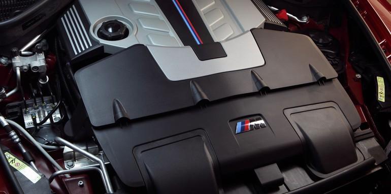 BMW X6 M engine