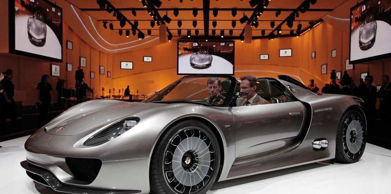 video porsche 918 spyder super sports concept car. Black Bedroom Furniture Sets. Home Design Ideas