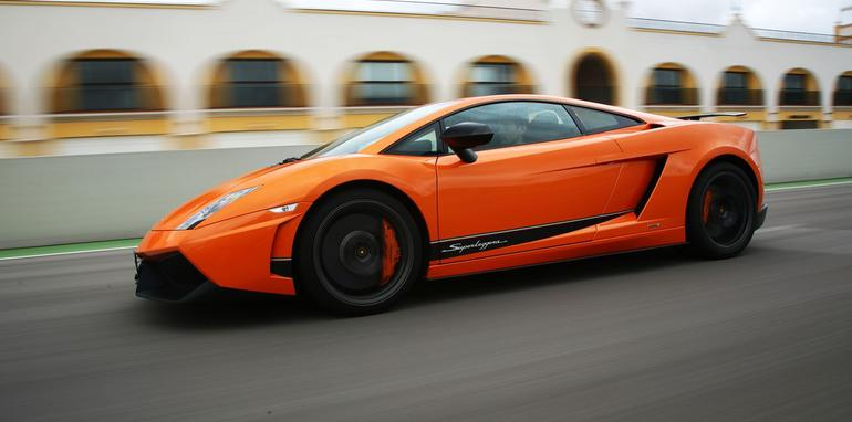 new lamborghini carbon fibre research centre