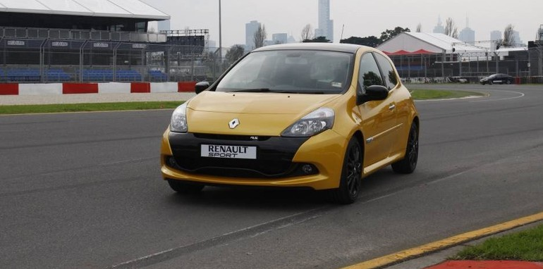 2011 renault clio r s 200 australian grand prix limited edition. Black Bedroom Furniture Sets. Home Design Ideas