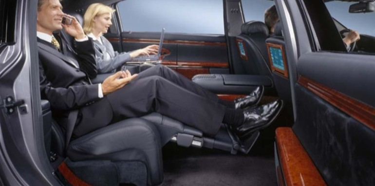 Maybach exelero interior pictures to pin on pinterest for Mercedes benz maybach exelero interior