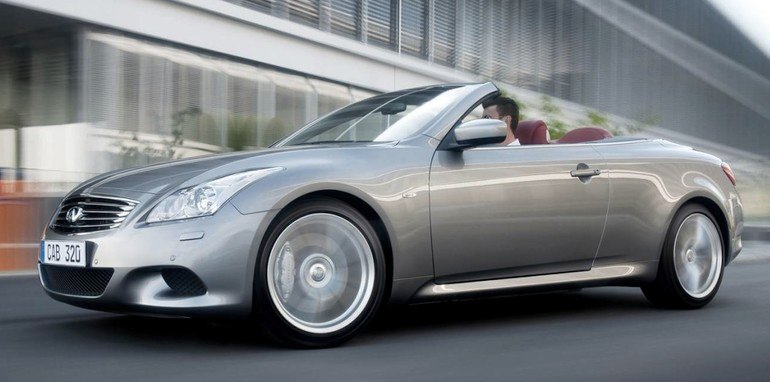 Infiniti G37 Convertible - Front Side