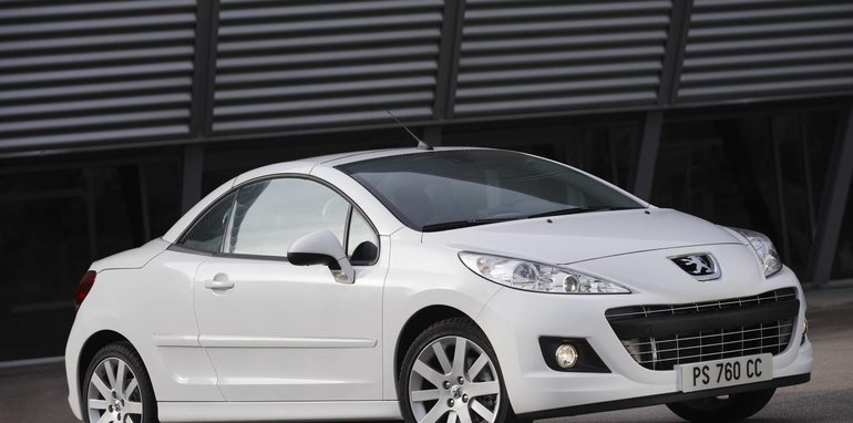 Peugeot 207CC press roof up