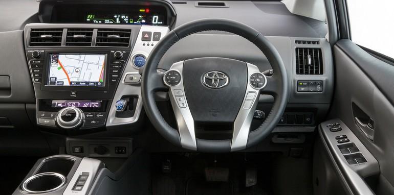 Toyota Prius V i-Tech - 4