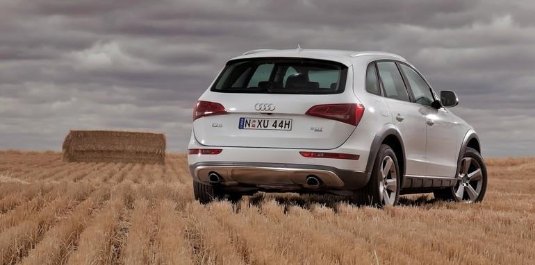 Audi Q5 field rear