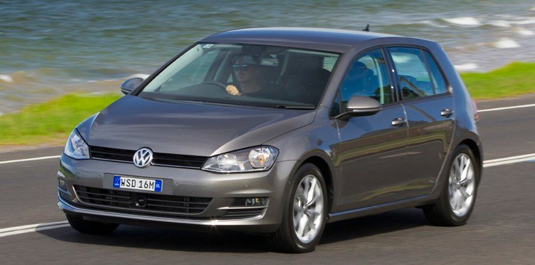 2013-volkswagen-golf-10