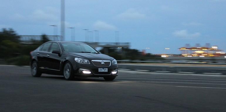 Holden Calais V Mercedes-Benz E250 - 32
