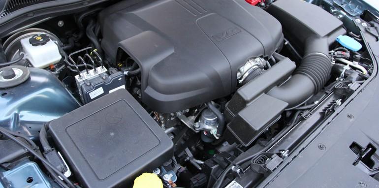 Holden VF Sportwagon Vs Mazda 6 Touring - 4