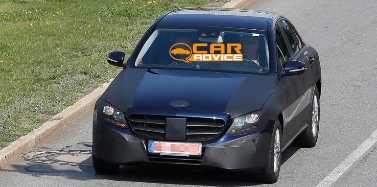 Mercedes-Benz-C-Class-4