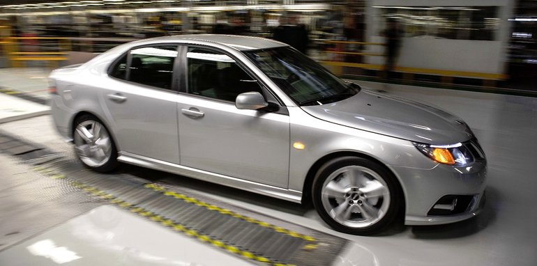 Saab resumes production - 1