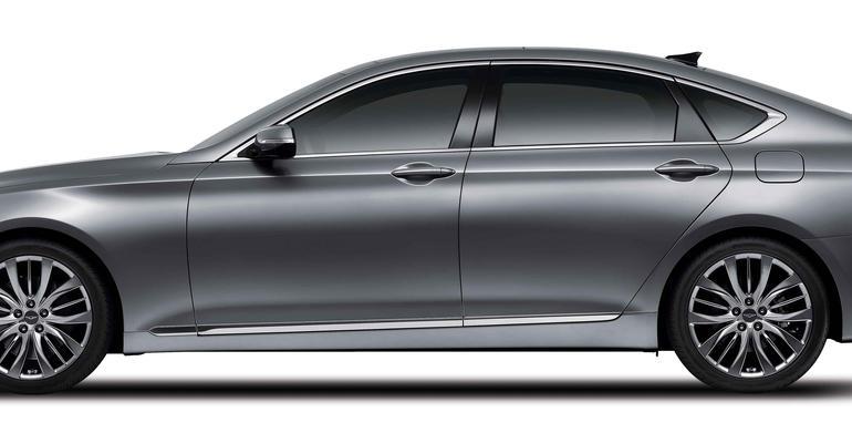 2014 Hyundai Genesis profile