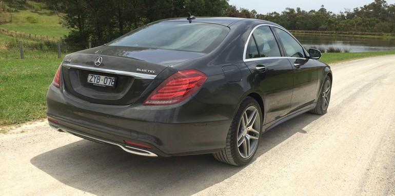 2014-Mercedes-Benz-S-Class-Tech-42