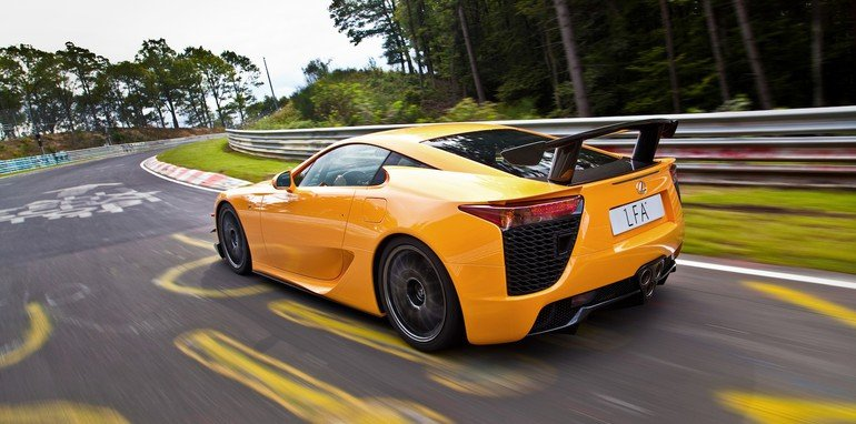 Lexus LFA Nurburgring package (overseas model shown)