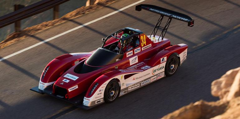 Mitsubishi-Pikes-Peak-Evolution