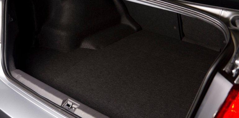 Mid-size Sedans - Subaru Liberty boot