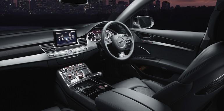 2014-Audi-A8-S8-9