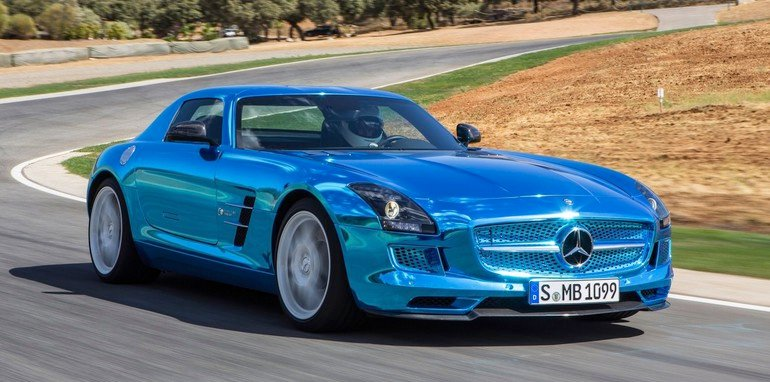 Mercedes-Benz-SLS-AMG-Electric