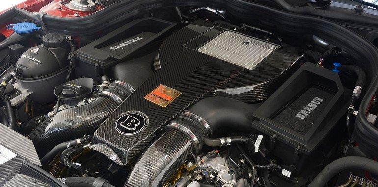 Brabus 850 6.0 Biturbo engine bay