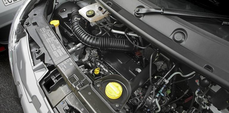 Mercedes Sprinter v Renault Master_1112
