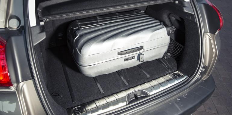 Small SUV Comparison : Nissan Qashqai V Holden Trax V