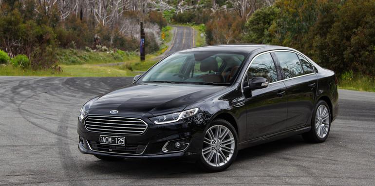 2014-2x1-holdenvsford-calaisandG6E-sedans-20