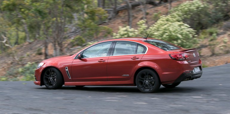 Holden Commodore SS Ford Falcon XR8-31