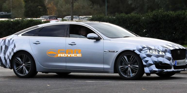 Jaguar-XJ-Facelift-Spied-3