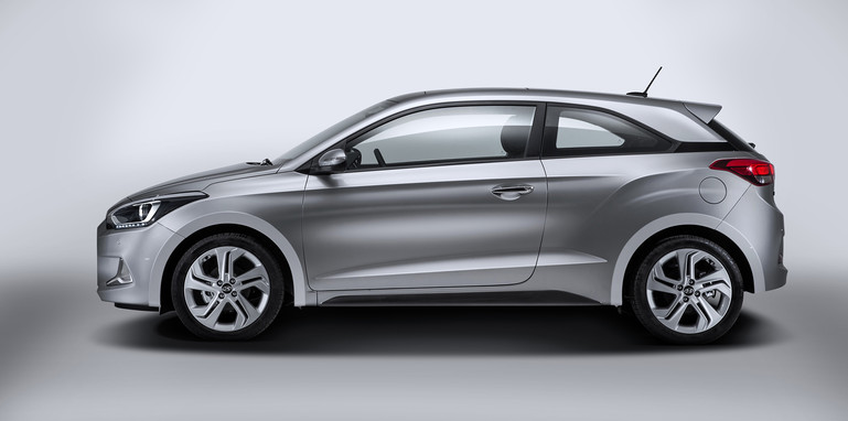hyundai-i20-coupe-side