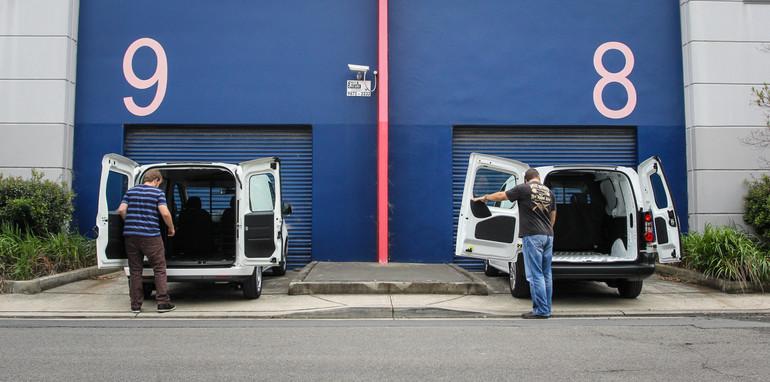 2014-fiatDOBLO-vs-citroenBERLINGO-comparison-vans-6