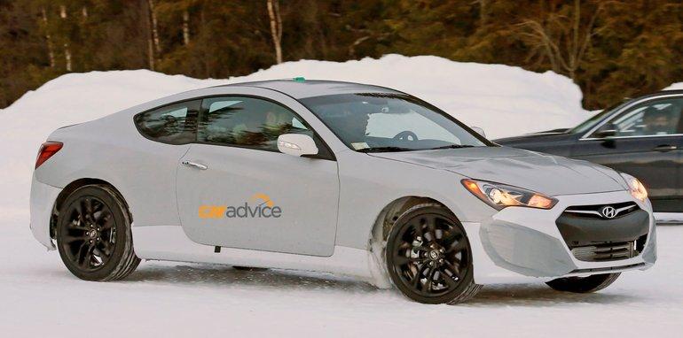 Hyundai Genesis Coupe mule_03