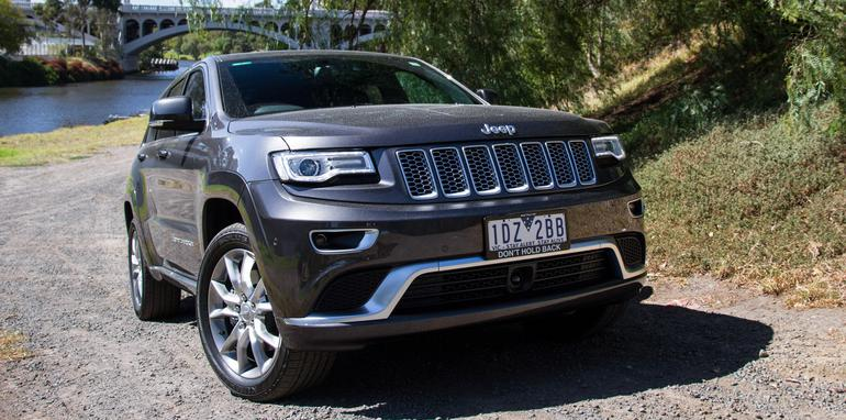 2014-jeep-grandcherokee-summitplatinum-4WD-12