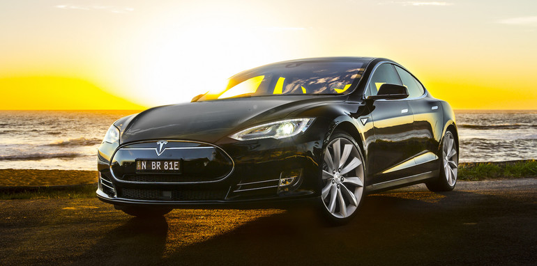 tesla-models-85-apr2015-5