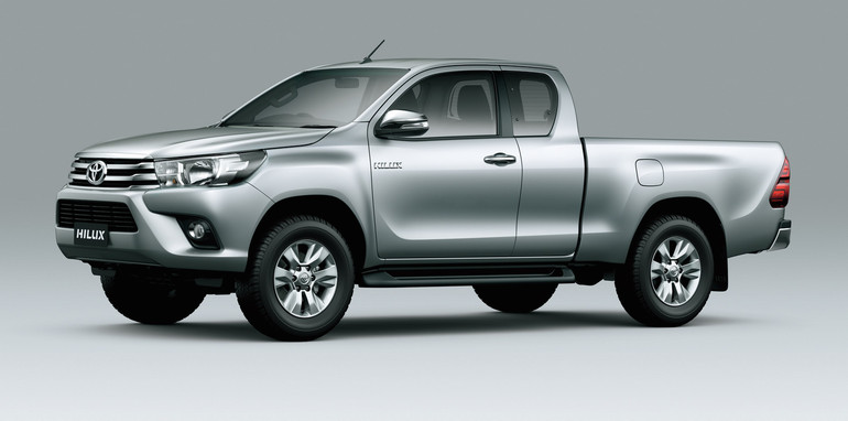 2016-toyota-hilux-space-cab-1