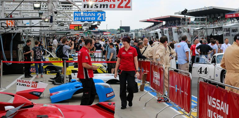 2015-24hrs-of-lemans-lifestyle1-8
