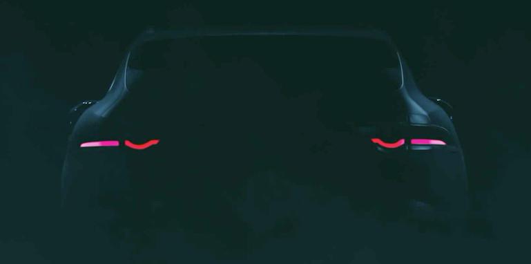 jaguar-f-pace-vid-rear