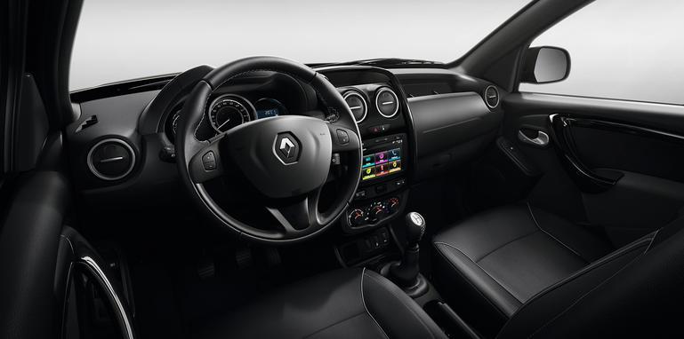 renault-duster-oroch-interior
