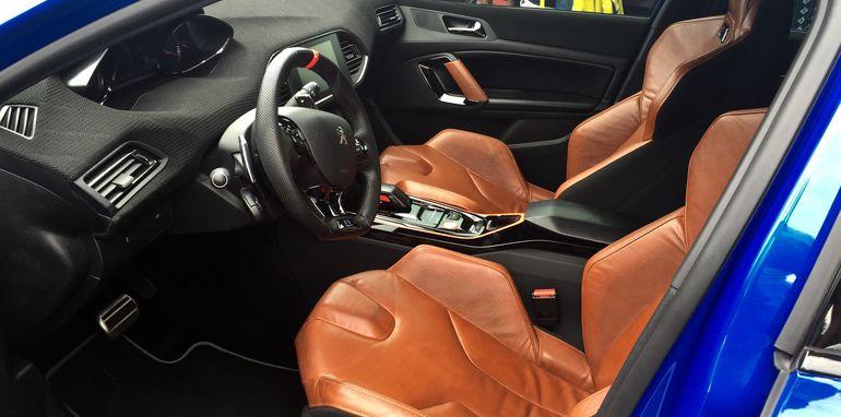 Peugeot 308 GTi - 1 (3)