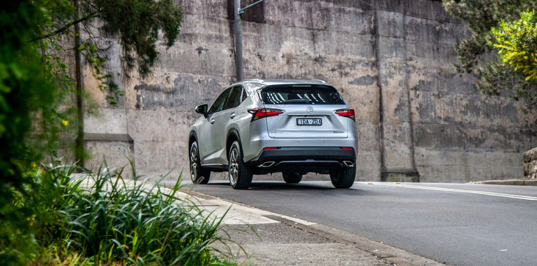 2015-lexus-nx200t-luxury-long-term-69
