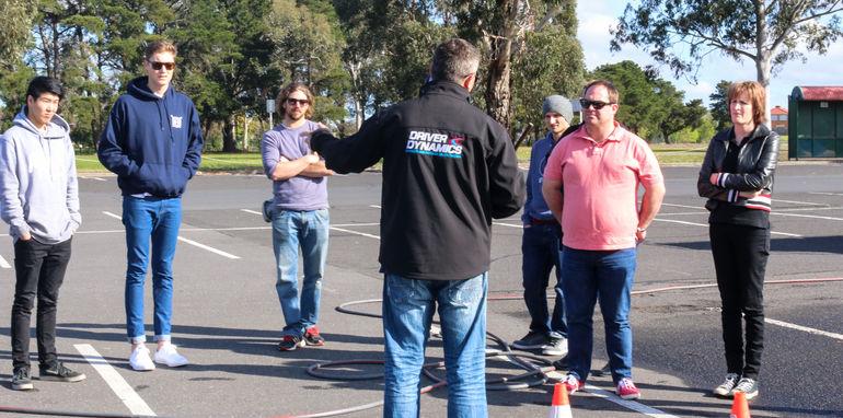 2015-thecorrespondent-driver-training-9