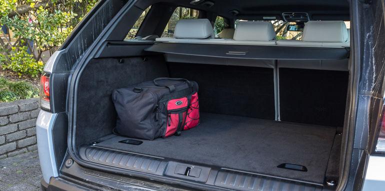 Porsche Cayenne v Range Rover Sport Hybrid Comparo-101