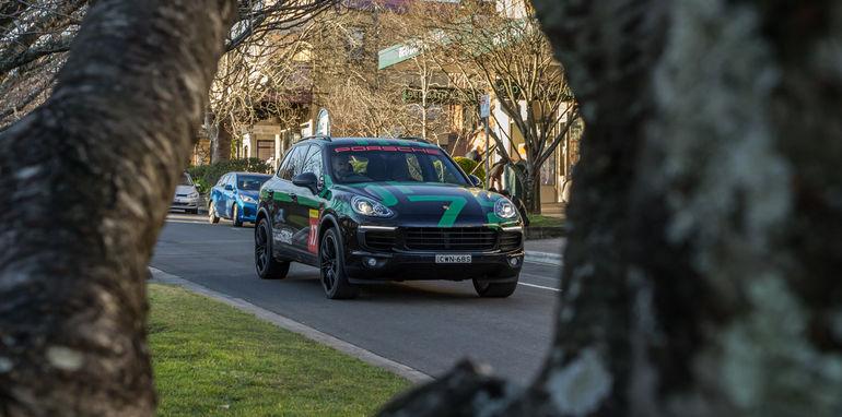 Porsche Cayenne v Range Rover Sport Hybrid Comparo-108